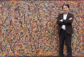 هنرمند افغانستانی نگران جنگ داخلی در کشورش است